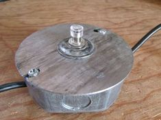 The Inexpensive Dremel Foot Switch: 7 Steps (with Pictures) Off Grid, Amazing Tools, Dremel Tool Projects, Dremel Ideas, Wood Projects, Sheet Metal Brake, Metal Bender, Led Wand, Dremel Rotary Tool