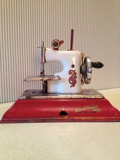 Vintage Sew O Matic Senior Toy Sewing Machine by NorthernCousin, $50.00