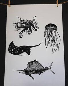 New poster 🐋 #morskysvet #rejnok #chobotnice #meduza #plachetnik #plakat #deti #linoryt #linocuts #linoprinting #linoblock #linocut… New Poster, Printmaking, Moose Art, My Arts, Animals, Instagram, Animales, Animaux, Printing