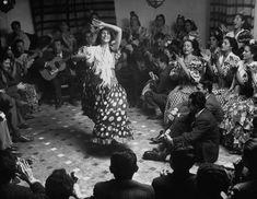 Gypsy dancer performing. - Granada, Spain 1949. Photo by Dmitri Kessel