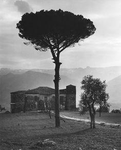 Farmhouse  photo by Edwin Smith, Basilicata, 1963