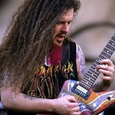 A 12 años de la trágica muerte de Dimebag Darrell, guitarrista de Pantera#pantera #metal #dimebagdarrell  #cfh