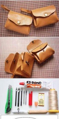 leren tas maken? Leather Craft, Leather Bag, Leather Wallets, Minimalist Wallet, Sewing Rooms, Card Case, Mini Bag, Bag Making, Sunglasses Case