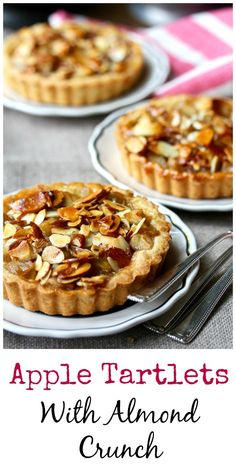 Apple Tartlets with an Almond Crunch Topping Individual apple tarts with an almond topping Trifle Desserts, Apple Desserts, Great Desserts, Mini Desserts, Delicious Desserts, Dessert Recipes, Plated Desserts, Tart Recipes, Fudge Recipes
