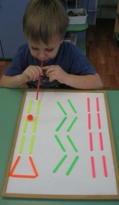 This ping pong playdough straw maze is fun the build and great for developing oral motor skills fun for kids of all ages kindergarten preschool toddler homeschool preschoolcraftsPing Pong Knetmasse Straw Maze * ab 2 Jahren ⋆ Raising Dragons - Nazire Yal Oral Motor Activities, Rainy Day Activities, Montessori Activities, Preschool Crafts, Learning Activities, Toddler Activities, Preschool Activities, Kids Learning, Straw Activities