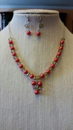 Collar de perlas con cristales