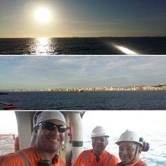 Obrigado Deus pelo novo dia que se inicia! Hoje em Vitória /ES! Thank God for the new day ahead! Today in Vitória / ES! #god #deus #cristo #fe #faifh #deusnocomando #sabado #saturday #offshorelife #lifeatsea #mar #crewlife #sunrise #amanhecer #vitoriaes #brasil #brazil #sun #sol #sea #workteam #partners by andersonyagami81