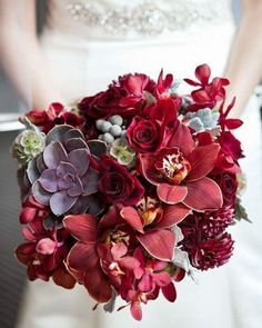 red wedding bouquet with succulents #weddingflowers #weddingbouquets #weddingideas #weddingtrends