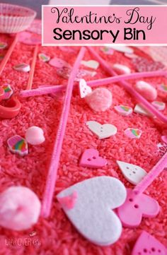 This pretty pink sensory bin for Valentine's Day is perfect for all pink loving kids! Plus, you can use it when you are reading 'Pinkalicious' too! My Funny Valentine, Valentine Theme, Valentines Day Party, Valentine Day Crafts, Valentine Sensory, Valentines Day Activities, Sensory Activities, Sensory Play, Sensory Diet