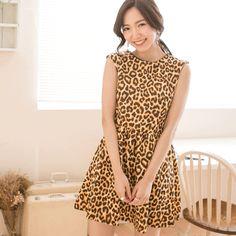 圓領豹紋印花修身小洋裝
