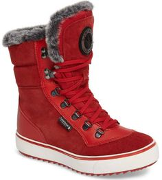 5b736de7e2c 8 Sensational Snow Boots Surround Feet in Comfort and Warmth