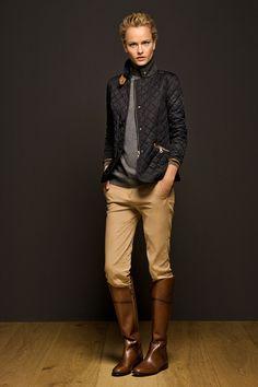 Le dress code d'Alix. www.alix-et-alex.com Lifestyle, dress code, outing & curiosities #style #femme #massimo #cavalier