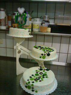 Seahorse Weddingcake Tiered Cakes, Wedding Cakes, Horse, Sea, Animal, Wedding Gown Cakes, Cake Wedding, Horses, The Ocean