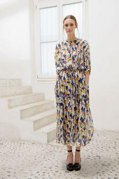 Christophe Lemaire S/S 2014 - Women& Christophe Lemaire, Look Fashion, High Fashion, Womens Fashion, Fashion Moda, Maxi Shirt Dress, Dress Up, Floaty Dress, Modest Fashion