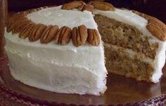 HUMMINGBIRD CAKE-BOLO DE NOZES