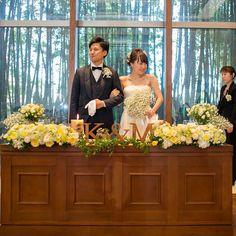 marimari1222 weddingtbt * * メインテーブル到着♡ * 装花と2�� - Looktagram