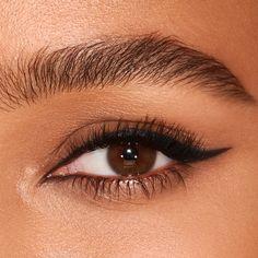Classic Eyeliner, Simple Eyeliner, Eyeliner Looks, No Eyeliner Makeup, Bottom Eyeliner, Makeup Eyes, Hair Makeup, Black Eyeliner Pencil, Brown Eyeliner