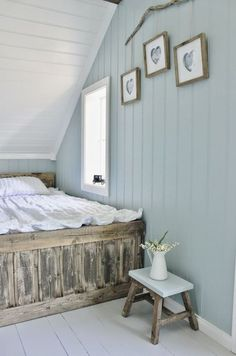 Awesome Idees Decoration Chambre Lambris Peints that you must know, You?re in good company if you?re looking for Idees Decoration Chambre Lambris Peints Attic Rooms, Attic Spaces, Attic Bathroom, Attic House, Attic Apartment, Bathroom Shelves, Attic Renovation, Attic Remodel, Home Bedroom