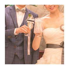 * #乾杯 ショット。 * #eymwedding さんで購入した #グラスドレス ♡ * BGMHAPPY/PharrellWilliams * * * #wedding#verawang#HAPPY#PharrellWilliams#結婚パーティー#ヴェラウォン#サッシュリボン#スーツ#シャンパン#marry本撮影アイテム#marry本指示書用写真#marry本卒花TODO #手作りする暇なかったー #何故なら旦那が何もしないから #さちこweddingレポ
