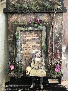 I have a fun Halloween project today created with a small Etcetera Tombstone. I started by adding Worn Wallpaper (Halloween) . Halloween Diorama, Halloween Coffin, Halloween Prints, Halloween Photos, Halloween 2019, Cute Halloween, Halloween Cards, Holidays Halloween, Vintage Halloween