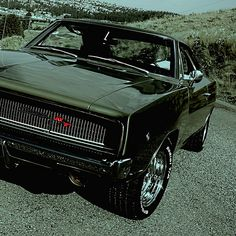 Muscle automobile - 1968 Dodge Charger R/T Avatar - Dreaming In Green Dodge Muscle Cars, Muscle Cars Vintage, Vintage Cars, Dodge Charger 1968, Mustang Cobra, Sweet Cars, Us Cars, American Muscle Cars, Car Car