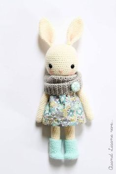 Mesmerizing Crochet an Amigurumi Rabbit Ideas. Lovely Crochet an Amigurumi Rabbit Ideas. Bunny Crochet, Crochet Mignon, Crochet Diy, Crochet Amigurumi, Easter Crochet, Love Crochet, Amigurumi Doll, Amigurumi Patterns, Crochet Crafts