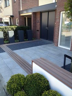 +++ Front Gardens, Outdoor Gardens, Modern Garden Design, Landscape Design, Outside Living, Outdoor Living, Dream Garden, Home And Garden, Narrow Garden