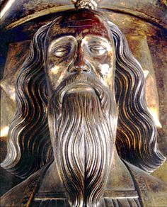 The tomb effigy, of King Edward III, at Westminster Abbey. Edward III was 14 when he was crowned King and assumed government in his own right in 1330.