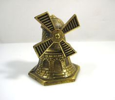 VINTAGE SOLID BRASS WINDMILL SHAPED SERVICE COUNTER BELL-NICE RING-SPINNING VANE