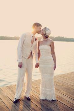 vintage wedding dress // photo by Joyeuse