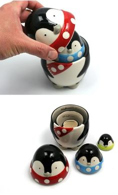 Stacking Penguins Measuring cups.. WHY DONT I OWN THESE?! I LOVE PENGUINS!!!!!