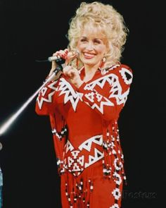 Dolly Parton Music Photo - 20 x 25 cm Dolly Parton Young, 90s Country Music, Tennessee, Dolly Parton Pictures, Musica Country, Plus Size Costume, Music Photo, Female Stars, Hello Dolly