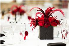 feather and floral wedding table decor.all feathers and maybe some vintage jewellery: cameo pins, black pearl-like accents, and so forth. White Wedding Flowers, Red Wedding, Floral Wedding, Wedding Crafts, Wedding Decorations, Wedding Ideas, Decor Wedding, Corsage Wedding, Wedding Bouquets