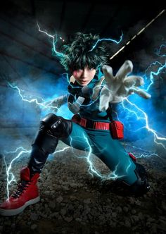 22 & Hero Academia& Cosplay, um die Rückkehr des Anime zu feiern Cosplay (コスプレ kosupure), a portmanteau of the words costume play, is a performance art in which participants called cosplayers wear costumes and fashi. Cosplay Anime, Izuku Midoriya Cosplay, Deku Cosplay, Cute Cosplay, Cosplay Makeup, Amazing Cosplay, Cosplay Outfits, Cosplay Costumes, My Hero Academia Memes