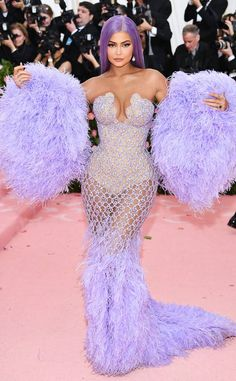 Kylie Jenner Photos - Kylie Jenner attends The 2019 Met Gala Celebrating Camp: Notes on Fashion at Metropolitan Museum of Art on May 2019 in New York City. - The 2019 Met Gala Celebrating Camp: Notes On Fashion - Arrivals Kylie Jenner Vestidos, Kylie Jenner Met Gala, Kylie Jenner Dress, Kylie Jenner Fotos, Looks Kylie Jenner, Estilo Kylie Jenner, Kylie Jenner Style, Kendall Jenner Outfits, Kylie Jenner Fashion
