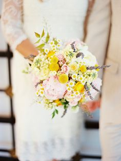 Is this bouquet not the most beautiful arrangement you've ever seen? - via Rockstar Diaries