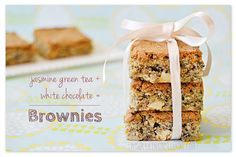 white-chocolate-green-tea-brownies White Chocolate Brownies, Chocolate Cookies, Jasmine Green Tea, Biscotti, Food Porn, Easy Meals, Barrette, Baking, Desserts