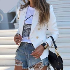 Look Blazer, Casual Blazer, Blazer Outfits, Blazer Fashion, Blazer Jacket, Chic Outfits, Blazers For Women, Suits For Women, Jackets For Women