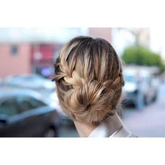 Cant beat simple, but elegant bun for your wedding hair do!