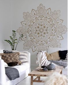 Mandala wall stencils DIY for home of work place decor. Mandala Ibiza wall stencils to pimp your home, garden, office, shop, restaurant or club! We have 8 different mandalas in different sizes from which you can choose! Mandalas Painting, Mandalas Drawing, White Floorboards, Stenciled Floor, Floor Stencil, Mandala Stencils, Annie Sloan Chalk Paint, Diy Home Decor Projects, Diy Bed