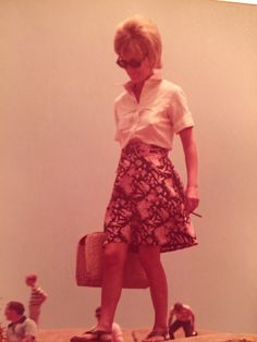 Mom Pictures, Lace Skirt, Skirts, Vintage, Style, Fashion, Swag, Moda, Skirt