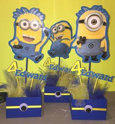 Minion centerpieces. Personalized. Wooden boxes. Laminated.