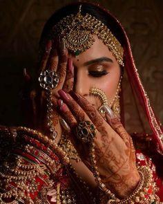 #weddingmakeup #bridalmakeup #mehendi #mehndimakeup #redbride #realbride