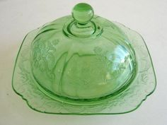 Federal Madrid Green Antique Depression Glass Covered Dome Butter Dish Victorian