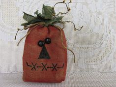Primitive pumpkin doll, jack o lantern sack, Painted muslin pumpkin, fall bowl filler, autumn trends. Primitive Pumpkin, Primitive Crafts, Primitive Decorations, Primitive Patterns, Prim Decor, Primitive Snowmen, Primitive Christmas, Country Christmas, Christmas Christmas