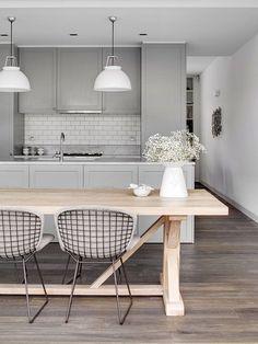 Colouring concept...grey bench tops, mid tone laminate flooring, white subway tiles, white pendant lights Open Plan Kitchen Dining, New Kitchen, Kitchen Grey, Neutral Kitchen, Compact Kitchen, Shaker Kitchen, Transitional Kitchen, Kitchen Modern, Rustic Kitchen