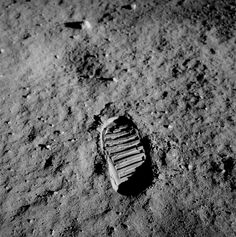 Apollo 11 bootprint One of the first steps taken on the Moon, this is an image of Buzz Aldrin's bootprint from the Apollo 11 mission. Neil Armstrong and Buzz Aldrin walked on the Moon on July Photo Credit: NASA Neil Armstrong, Mission Apollo 11, Apollo Missions, Apollo 11 Moon Landing, Mars Landing, Michael Collins, Buzz Aldrin, One Small Step, Nasa Astronauts