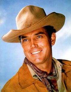 Jeffrey Hunter Hooray For Hollywood, Hollywood Stars, Classic Hollywood, Old Hollywood, Jeffrey Hunter, Most Handsome Actors, Tv Westerns, Old Movie Stars, Western Movies