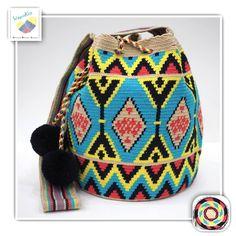 10 отметок «Нравится», 1 комментариев — Wayuu Bags &Bikini etc. (@wayuukiss) в Instagram: «Wayuu bag double strands รุ่น traditional ราคา 3600-/ •ฐาน 9นิ้ว สูง 11นิ้ว •สายยาว 100 cm. •ฟรี…»