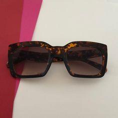 26196d54ed442 Óculos de SolProteção UV 400Tamanho ÚnicoLargura Total  14